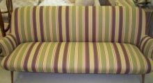 Замена обивки на диване